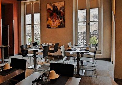 France - Sud Est et Provence - Nîmes - Hôtel-Résidence Le Cheval Blanc